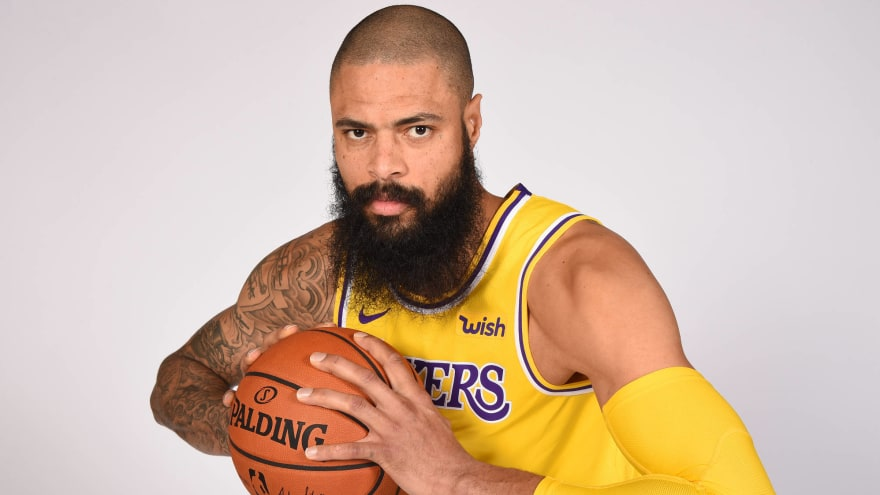 d723591cca28 Suns GM reportedly did LeBron James  a solid  by buying out Tyson Chandler