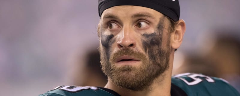 Report  Chris Long told Eagles he will play in 2018 35d134ccc