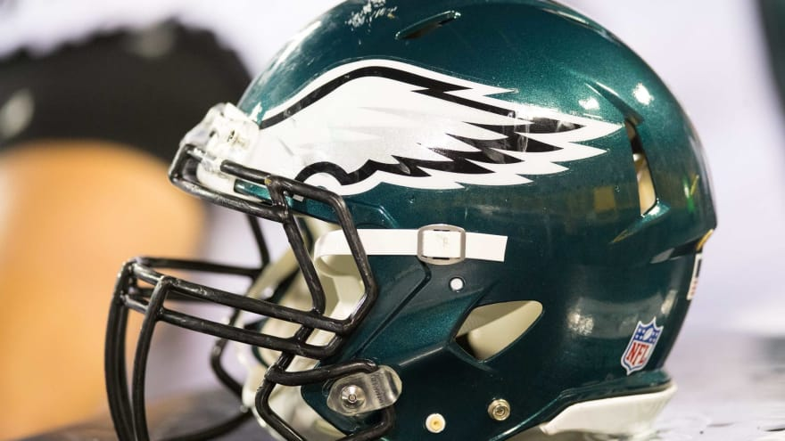 WATCH: Eagles rookie singing 'Halo' theme song is what we