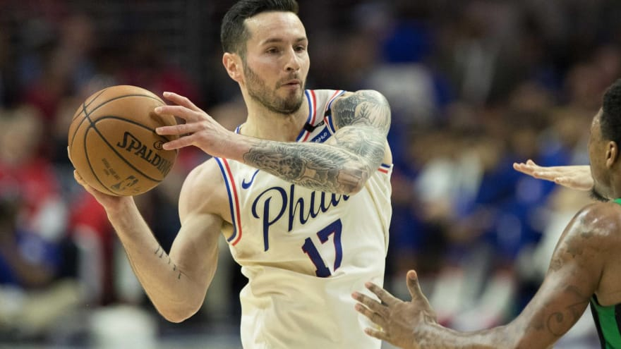 76be1ec68 JJ Redick booed by fans in China over racial slur