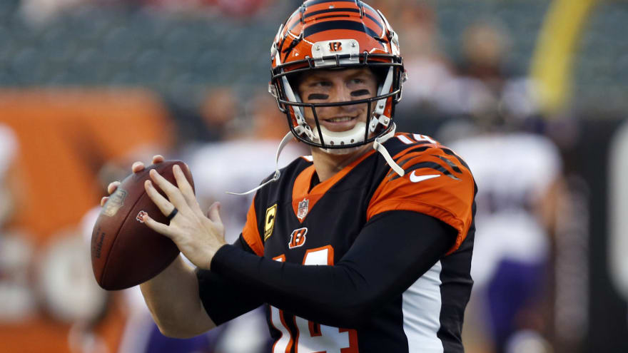 Watch  Andy Dalton connects with A.J. Green on TD after impressive fake 5adc613ed