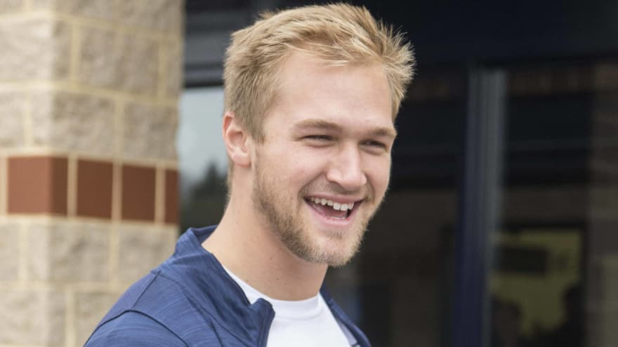 54cce6103 Dolphins sign second-round pick TE Mike Gesicki