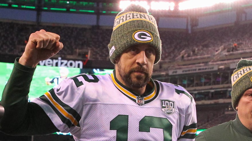 760323d2 Aaron Rodgers wants Packers to cut beer prices for amazing reason ...