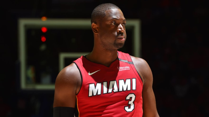 04d9ca10596b Dwyane Wade reportedly seriously considering retirement