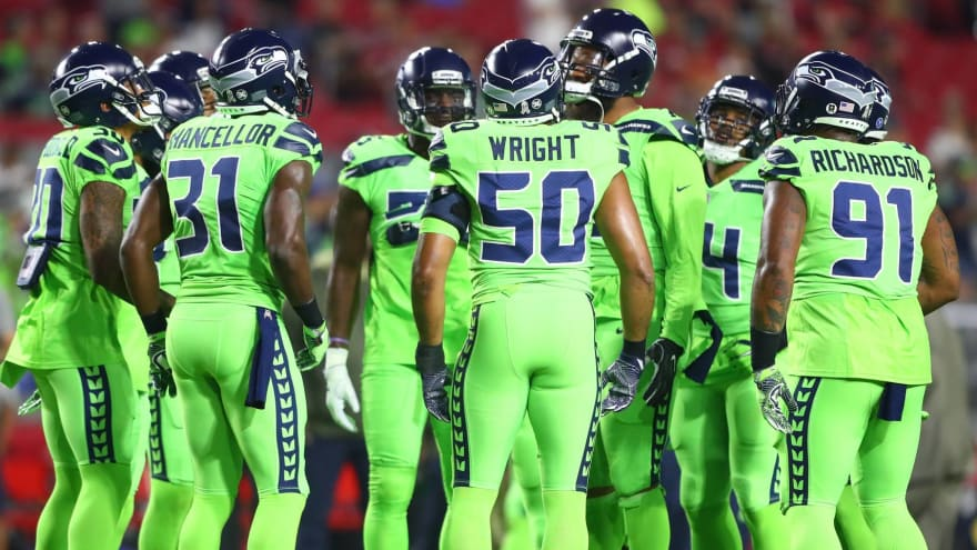 detailed look ecd42 23fb0 One-on-One: Which NFL uniforms make best fashion statements ...