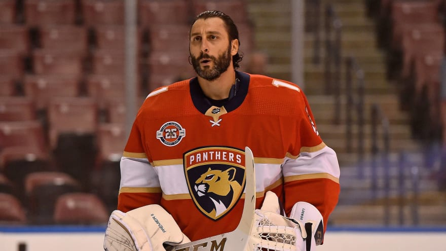 Florida Panthers to retire Roberto Luongo's number next season