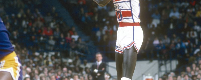 d20220b797d Ex-coach admits to faking Manute Bol's birthdate, says he may have been 50  in NBA