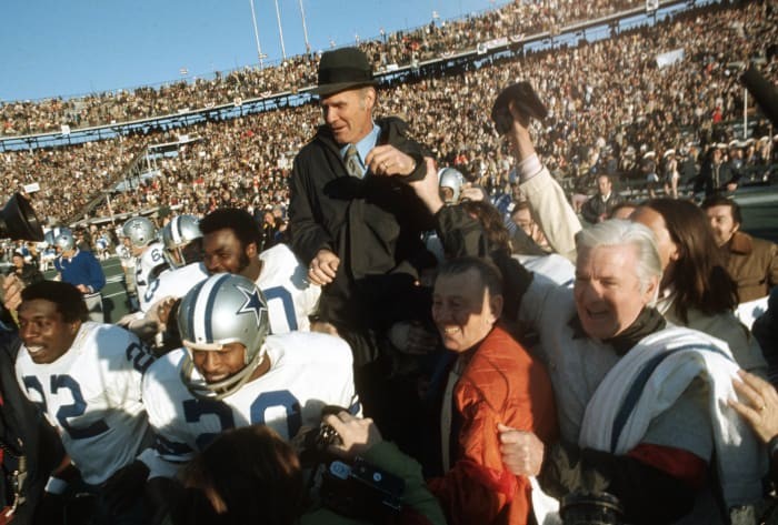 Super Bowl VI: Dallas 24, Miami 3