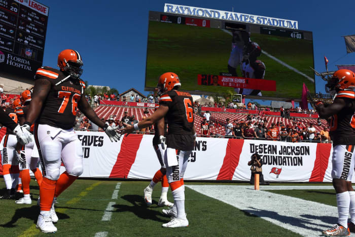 Cleveland Browns' worst look: 2015-19 brown-on-white