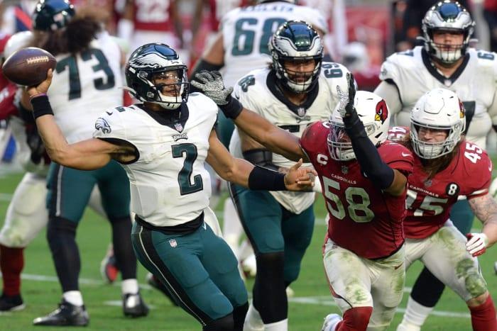 Hurts further complicating Eagles' future