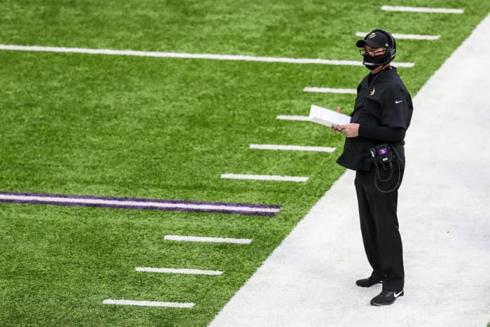Zimmer's first undependable defense foils Vikes' playoff hopes