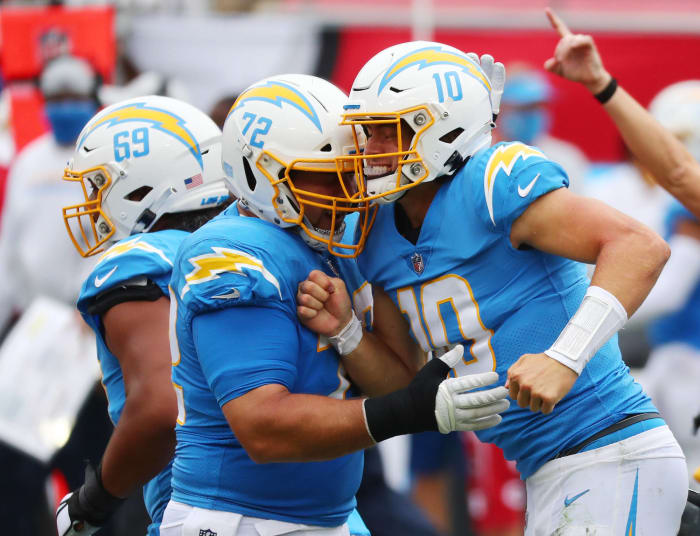 Herbert-Brady duel points Chargers' arrow up