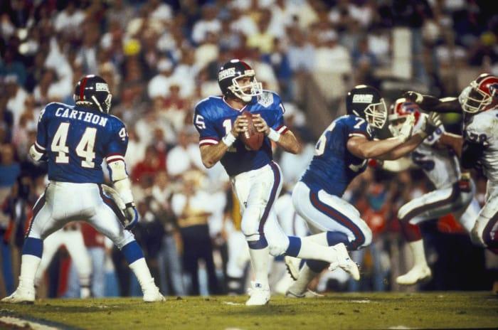 Super Bowl XXV: Jeff Hostetler, New York Giants, and Jim Kelly, Buffalo Bills