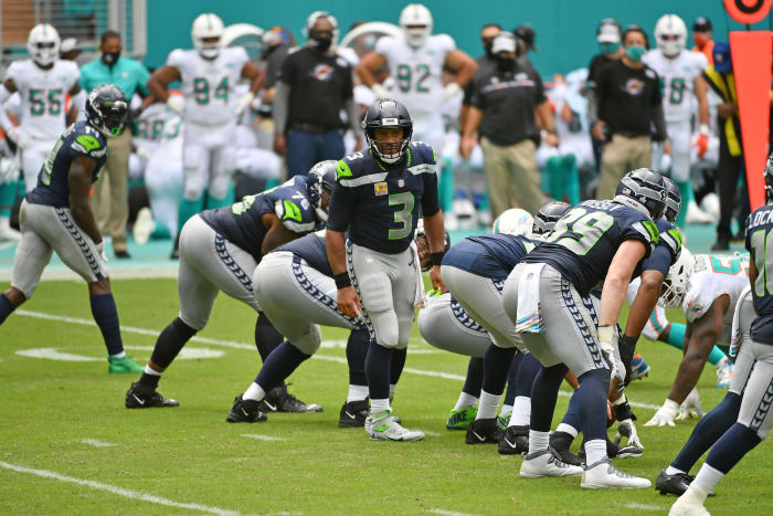 Seattle Seahawks: finally commit to O-line aid