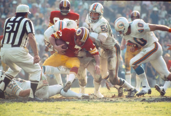 Super Bowl VII: Bob Griese, Miami Dolphins, and Billy Kilmer, Washington Redskins