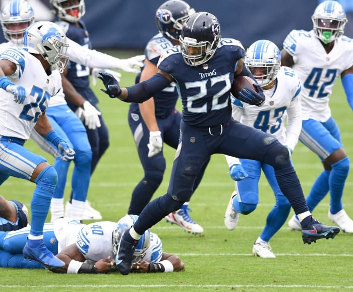 Titans carve up limited Lions defense
